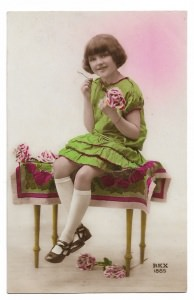 Alte Foto Postkarte  ★ MÄDCHEN MIT  ROSE ★  Frankreich 1929