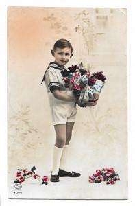 Alte Foto Postkarte  ★  JUNGE MIT BLUMENKORB  ★  1939