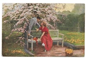 Alte Künstler Postkarte  ★BLÜTENZAUBER ★ Liebespaar flirtet unter einem Kirschbaum, 1920er Jahre