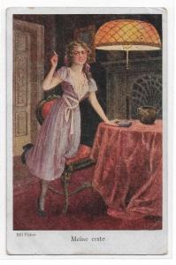 Alte Postkarte ★ MEINE ERSTE ZIGARETTE ★ elegante junge Frau raucht,  Künstlerkarte von 1918