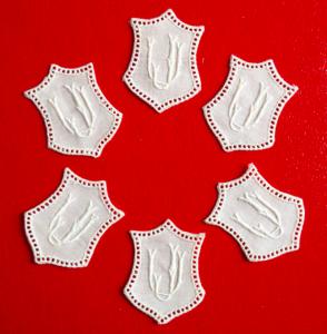 ★ JU/UJ  MONOGRAMME ANTIK  ★ 6 Stück gestickte weiße vintage Buchstaben Wäschezeichen zum Aufnähen