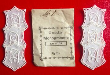 ★ MZ/ZM  MONOGRAMME ANTIK  ★ 6 Stück gestickte weiße vintage Buchstaben Wäschezeichen zum Aufnähen