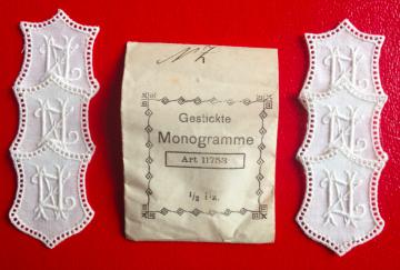 ★ NZ/ZN  MONOGRAMME ANTIK  ★ 6 Stück gestickte weiße vintage Buchstaben Wäschezeichen zum Aufnähen