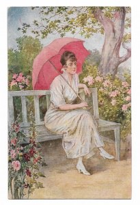 Alte Künstler Postkarte ★ IM GARTEN ★  Frau mit rosa Sonnenschirm sitzt auf einer Gartenbank, um 1918