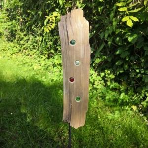 Lichtbrecher aus Treibholz, Gartendekoration