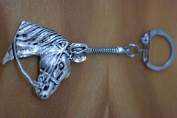 Schlüsselanhänger mit Pferdekopf
