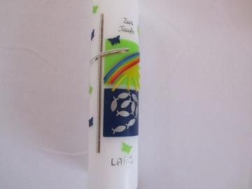 Taufkerze mit silbernem Kreuz und Quadraten in blau und grün - Handarbeit kaufen