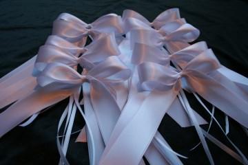 50 x Antennenschleife Autoschleifen Schleife weiß Satin Hochzeit Antennenschmuck