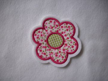 niedliche ☆  Blume ☆  ca. 6,5 x 6,5 cm  ☆ Applikation  ☆ Applikation