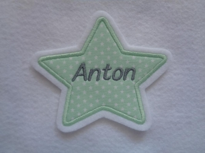 Stern mit gesticktem Namen  max. 7 Buchstaben ☆ Aufnäher ☆
