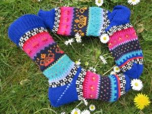 Bunte Socken Gr. 36-37 - gestrickte Socken in nordischen Fair Isle Mustern