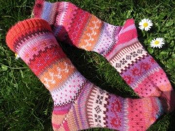 Bunte Socken Gr. 37/38 - gestrickte Socken Fair Isle  - Handarbeit kaufen
