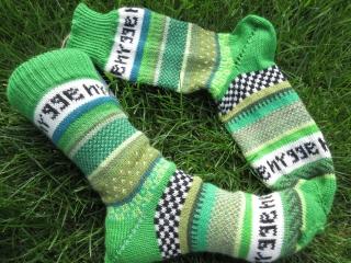Bunte Socken hygge Gr. 38/39 - gestrickte Socken mit dänischem Gemütlichkeitsfaktor - Handarbeit kaufen