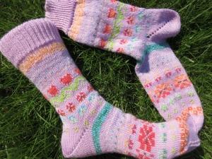 Bunte Socken Eske Gr. 38/39 - gestrickte Socken in nordischen Fair Isle Mustern