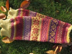 Stulpen - legwarmers Gr. S/M - knielange Stulpen in warmen Herbsttönen und nordischen Fair Isle Mustern
