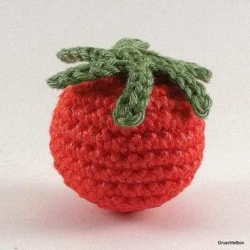 Gehäkelte Tomate aus Baumwolle für den Kaufladen