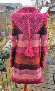 Strickmantel aus Islandwolle mit Zipfelkapuze***S