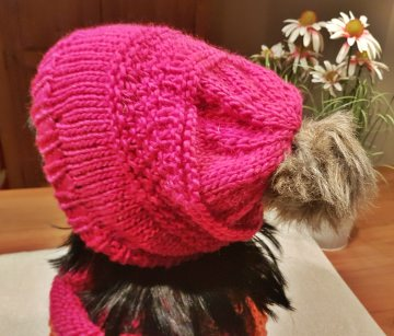 Bommelmütze**Beanie in pink aus reiner Schurwolle***onesize