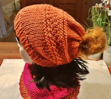 Bommelmütze**Beanie in orange aus reiner Schurwolle***onesize