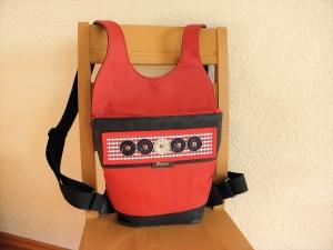 Praktischer, schicker Rucksack, aus Kunstleder, mit Kaffeekapseln aufgehübscht, ein Unikat von Dieda - Handarbeit kaufen