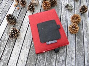Kalenderhülle DIN A5, Buchhülle variabel aus Wollfilz in rot und schwarz, von Dieda! palundu