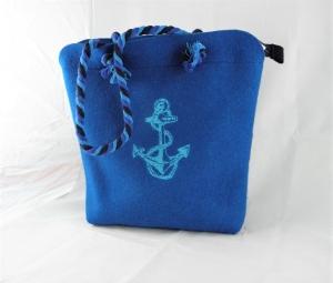 Schultertasche, blau, Wollfilztasche mit dicken Kordeln, bestickt mit Anker, maritim, kaufen von Dieda!