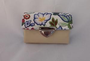 Geldbörse, Kunstleder, beige und Blumen, hellblau, 12 Kartenfächer, Geldbeutel, little Ruby, handgemacht von Dieda - Handarbeit kaufen