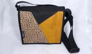 Filztasche mit Korkstoff, Tasche aus Wollfilz zum Umhängen, mit Innenfutter, Leopard, senf, schwarz, quadratisch, handgemacht von Dieda, kaufen