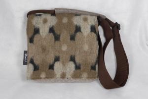 Filztasche mit Wollwalk, Tasche aus Wollfilz zum Umhängen, mit Innenfutter, braun, quadratisch, handgemacht von Dieda, kaufen