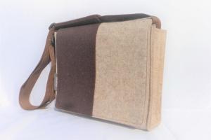 Umhängetasche aus Wollfilz, Tasche mit der Wechselklappe, braun, beige, wandelbar, aus Wollfilz, handgemacht von Dieda! kaufen - Handarbeit kaufen