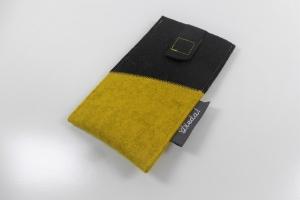 handgemachte Handytasche aus Wollfilz mit Ausziehhilfe, zweifarbig,schwarz, gelb, Anfertigung nach Maß, Farbwunsch möglich, kaufen von Dieda - Handarbeit kaufen