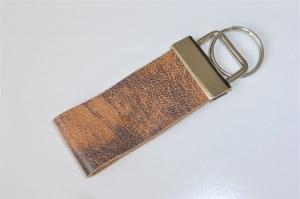1 Schlüsselband aus echtem Leder, braun meliert, 3 cm breit, Klemmschließe mit Schlüsselring - Handarbeit kaufen