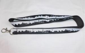 Schlüsselband lang schwarz mit Skyline-Webband Berlin, zum Umhängen 50cm lang, Gurtband, Karabiner - Handarbeit kaufen