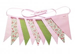 Wimpelkette Girlande mit 11 Wimpeln...rosa...grün...geblümt ♡ - Handarbeit kaufen