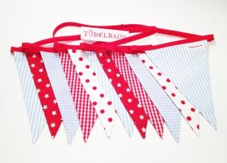 Wimpelkette Girlande mit 11 Wimpeln...rot... Sterne ★...hellblau...  - Handarbeit kaufen
