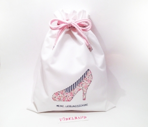 Schuhbeutel...Meine Brautschuhe... weiß...geblümt... - Handarbeit kaufen