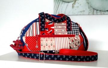 Handtasche☆Weekender ☆ aus  Kunstleder kombiniert  mit einem passenden Baumwollstoff