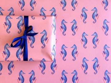 Geschenkpapier Seepferdchen rosa