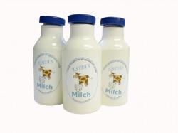 Milchflaschen aus Holz, Kaufladenzubehör