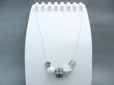 Kugelkette Silber Polygone Grau Keramik Halskette