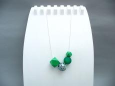 Polygone Handlackiert Grüne Töne Keramik Kugelkette Silber