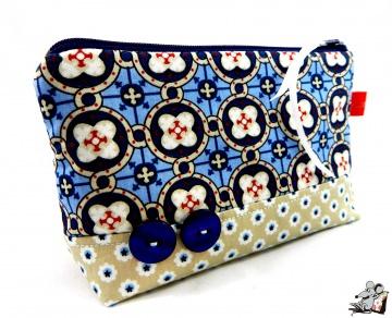 Kosmetiktasche Gr. S *ornaments* hellblau ♥Mäusewerkstatt♥ - Handarbeit kaufen