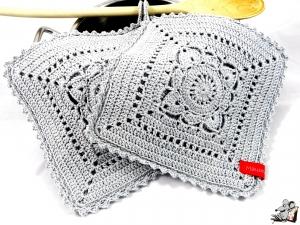 Topflappen gehäkelt (1 Paar) 2-lagig *granny willow* silber 100% Baumwolle ♥Mäusewerkstatt♥ - Handarbeit kaufen