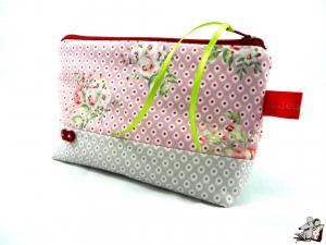Kosmetiktasche Gr. S *Röschen* rosa ♥Mäusewerkstatt♥ - Handarbeit kaufen