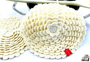 Topflappen *Blume* gehäkelt (1 Paar) 2-lagig *creme* 100% Baumwolle ♥Mäusewerkstatt♥ - Handarbeit kaufen