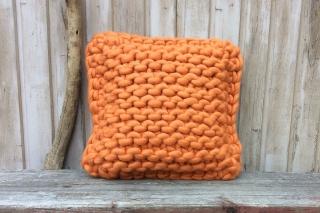 Super Chunky Merino Strickkissen in orange