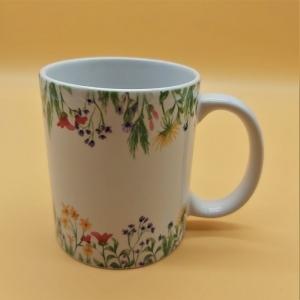 Kaffeetasse aus Keramik Motiv Blumenwiese Bordüre