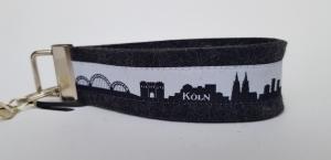 Schlüsselanhänger - KÖLN CITY-SKYLINE schwarz-weiß - Wollfilz anthrazit