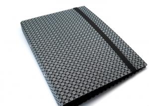 Milo-Schaly Organizer DIN A4 Schreibmappe Blümchen Ordner Ringbuchordner Ringbuch Filz vegan schwarz-weiß - Handarbeit kaufen