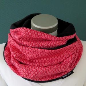 Milo-Schaly Loop Miniblümchen rot weiß Fleece Loopschal Kuschelschal  - Handarbeit kaufen